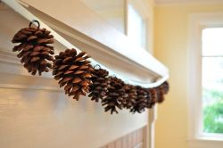Fall Crafts - DIY Pine Cone Garland