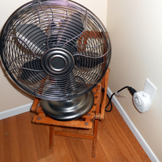 Timer in use with our Hawaiian Breeze oscillating fan.