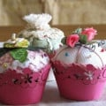Felt and Fabric Cupcake Pincushion Tutorials
