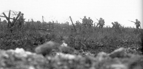 Wiltshire Regiment attack near Thiepval. Q1142: Photograph courtesy of the Imperial War Museum, London.