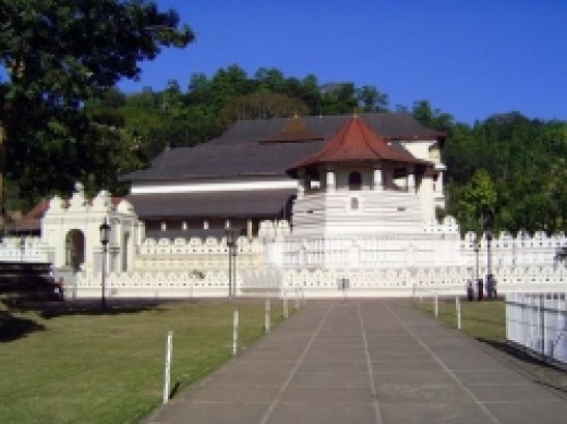 Temple of sacred tooth relic in Kandy