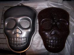 Eddingtons Scary Skull Cake Pan Tin