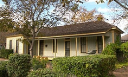 Katherine Anne Porter house - Kyle, Texas
