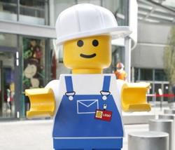 LEGOS Building sets, LEGOLAND Discovery Centers