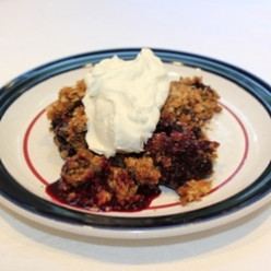 How to Make an Easy and Delicious Blueberry Crisp