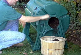 Remove finished compost by opening the output port, (located on the end of the composter and the end of the inner drum), rotating the drum, and allowing your finished garden gold to fall into a container.