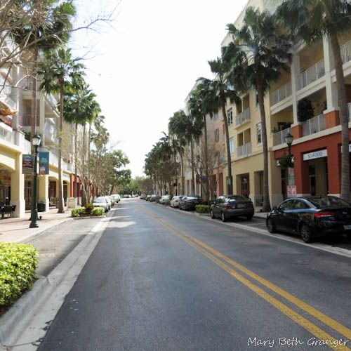 Looking down the street in Abacoa Town Center.
