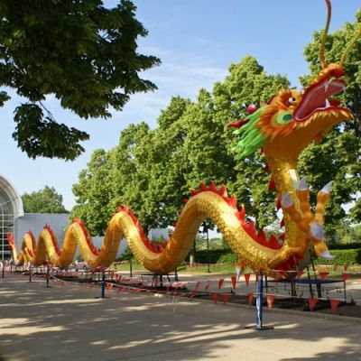 Dragon Greets Visitors to Missouri Botanical Garden