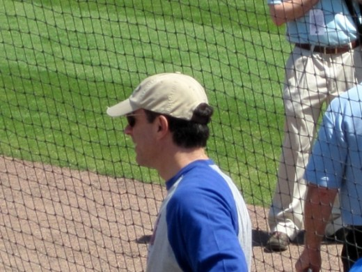 Mets fan, Jerry Seinfeld was seen at the Mets game on Saturday along with several members of his family.
