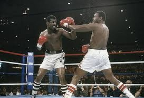 Larry Holmes lost two close and controversial bouts to Michael Spinks especially the second fight.