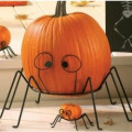 Halloween Decorations using Metal Pumpkin Stand
