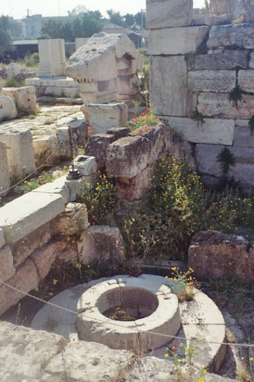 To the left on the far end of the outer couryard is the Kallichoros Well, the Well of the Maidens where Demeter once sat as an old woman in mourning.