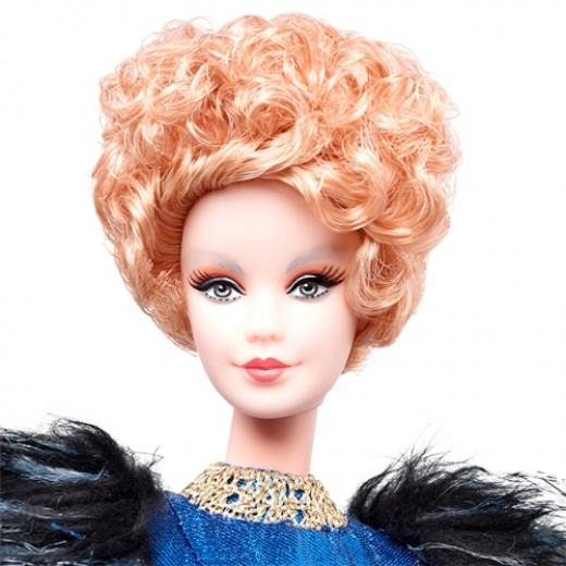 Subtly sculpted in Elizabeth Banks' likeness. Notice the careful attention to detail in her hair and makeup.Additional photos by Amazon.com