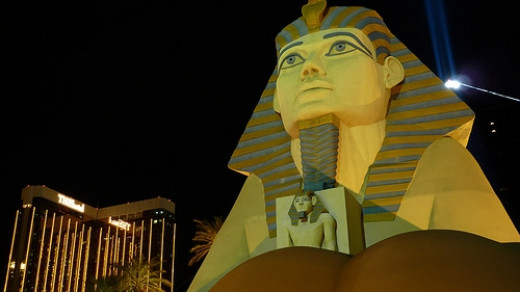 The Egyptian Artifacts at the Luxor - Since this is at the edge of the Strip, it might make sense to start out by visiting the Egyptian artifacts that are on full display in the hotel. Photo Credit: http://www.flickr.com/photos/http2007/4700488900/