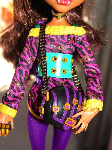 Clawdeen looks super fab with her bag. How about a fab bag for your girl?