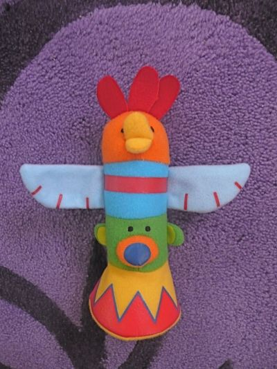 Gather the Indians around the Totem Pole!