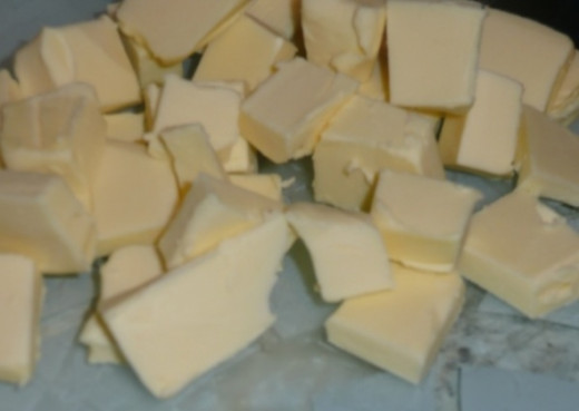2. Cut the butter into cubes