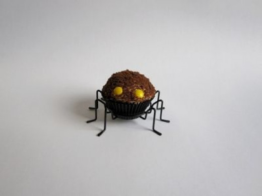 Blackout Spider Cupcakes
