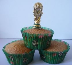 World Cup Trophy Cupcake