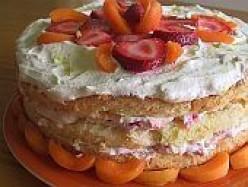 Bløtekake :: Norwegian Strawberry Cream Cake