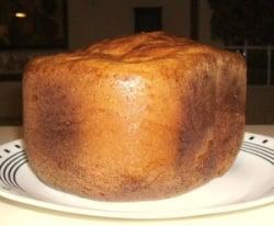 uncut-loaf-of-bread-machine-bread
