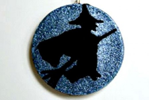 craft-witch-on-broom-ornament