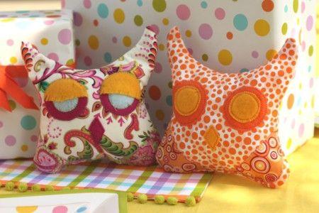 owl-pillows