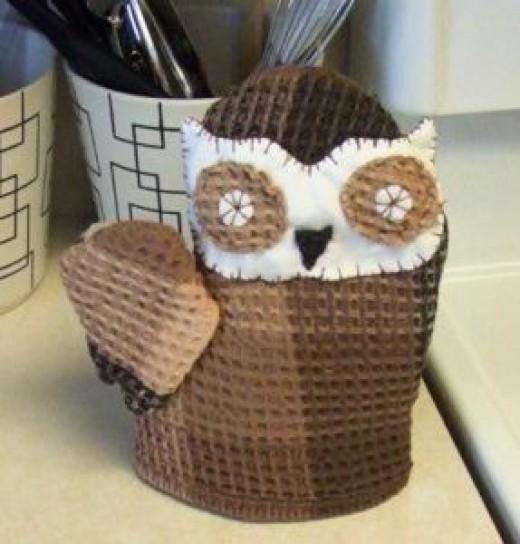 owl-oven-mitt