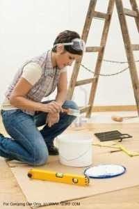 lady-with-paint-supplies