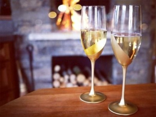 wine glasses dipped in gold