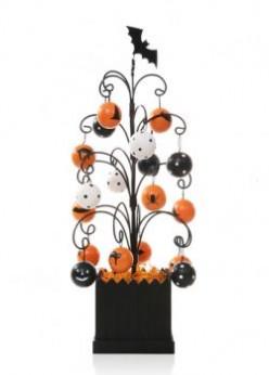 Decorating Your Halloween Tree