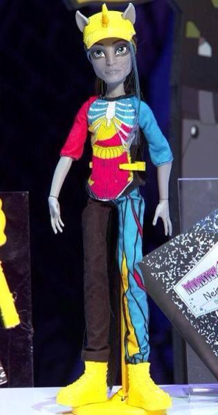 neighthan rot monster high doll