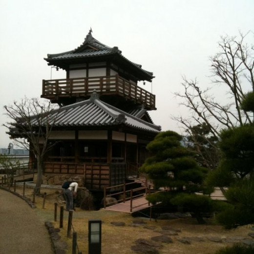 Ikeda Castle on an autumn afternoon