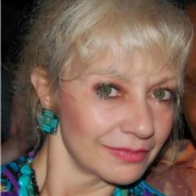 Darlene Perrone profile image