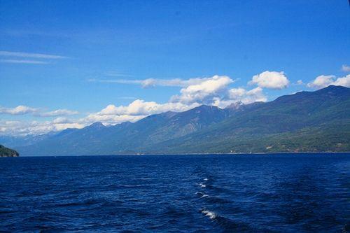 The beautiful view of Kootenay Bay