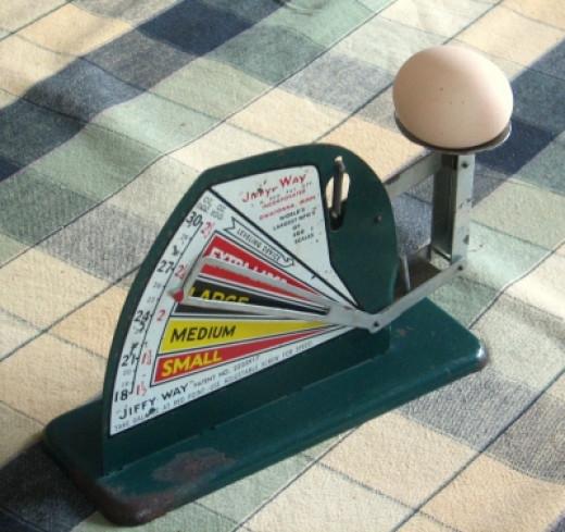 Vintage Jiffy Egg Scale