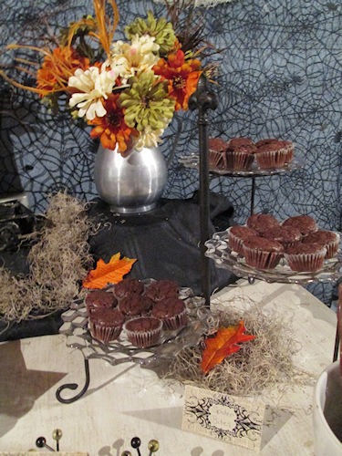 This vintage Halloween buffet table used the 3 tiered stand to hold luscious brownie bites. I used clear plates again here to not interfere with decor