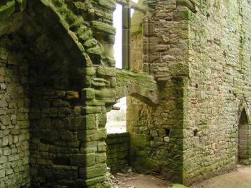 Interior shot of Chepstow Castle used as the ruin of Castle Belleme in The Enchantment from season 2 and Caerleon Castle from The Inheritance. Credit: andy dolman [CC-BY-SA-2.0 (www.creativecommons.org/licenses/by-sa/2.0)], via Wikimedia Commons