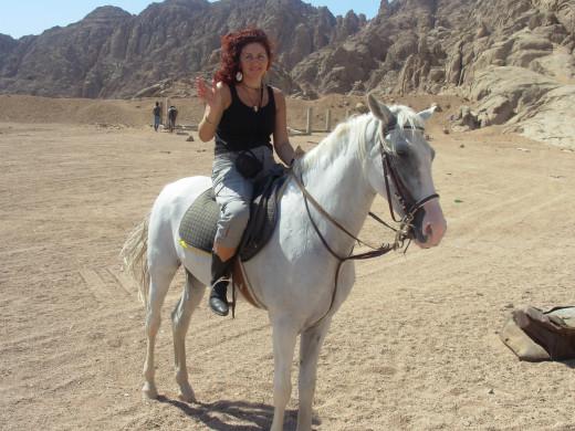 On my horse Shakira in the desert