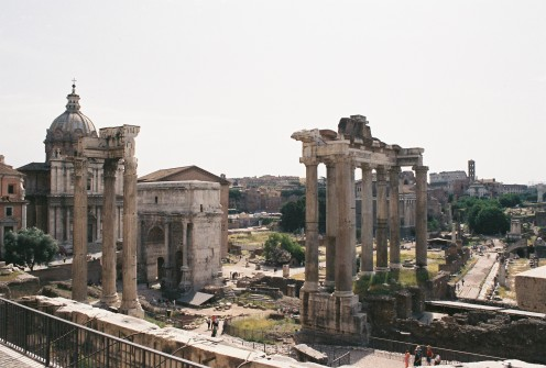 The Roman Forum. 3 columns on the left: Temple of Castor & Pollux. Center: Arch of Septimus Severus. Columns on the right: Temple of Saturn.