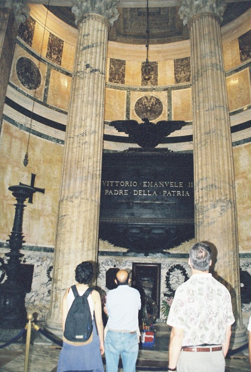 Since the Renaissance the Pantheon has been used as a tomb. Among those buried there are the painter Raphael, the composer Arcangelo Corelli, and the architect Baldassare Peruzzi, as well as Vittorio Emanuele II, first king of unified Italy.