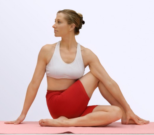 Ardha matsendrasana - Half lord of the fishes pose