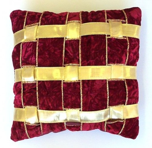 Red Ribbon Pillow with no fabric border
