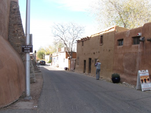 La Casa Vieja de Analco in Santa Fe, New Mexico.  Built on ruins of pre-Columbian Indian Pueblo and claims to be oldest house in the United States.