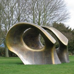 About Henry Moore - Famous British Sculptor