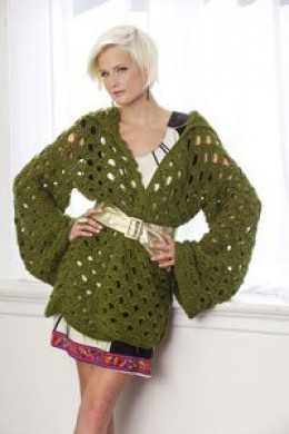 Womans long sleeved crcohet top with hood (Free crochet pattern)