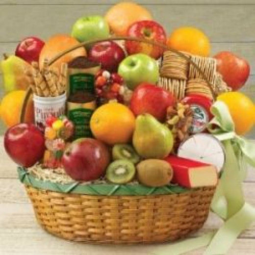 Deluxe Fruit Basket