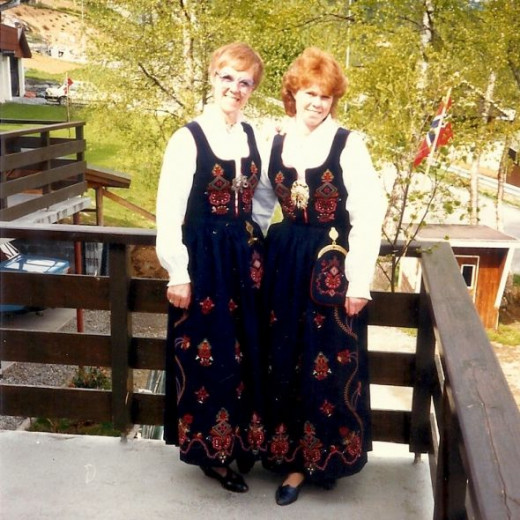 My host mother and sister, prior to my visit to Norway