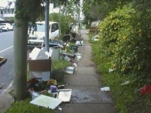 Clean up in Greenslopes after Houses flooded