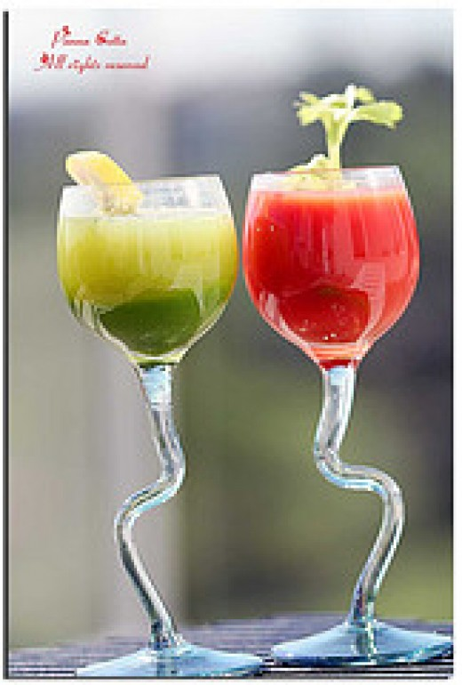 Healthy drinks made from fresh fruits and vegetables. (Photo courtesy by Panna(^o^) from Flickr)
